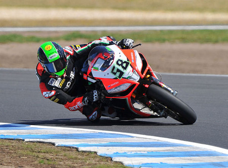 Apriliaracing_laverty_pi_test_2_2