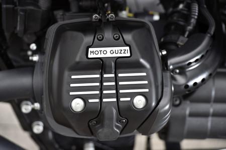 Motoguzziv9static021